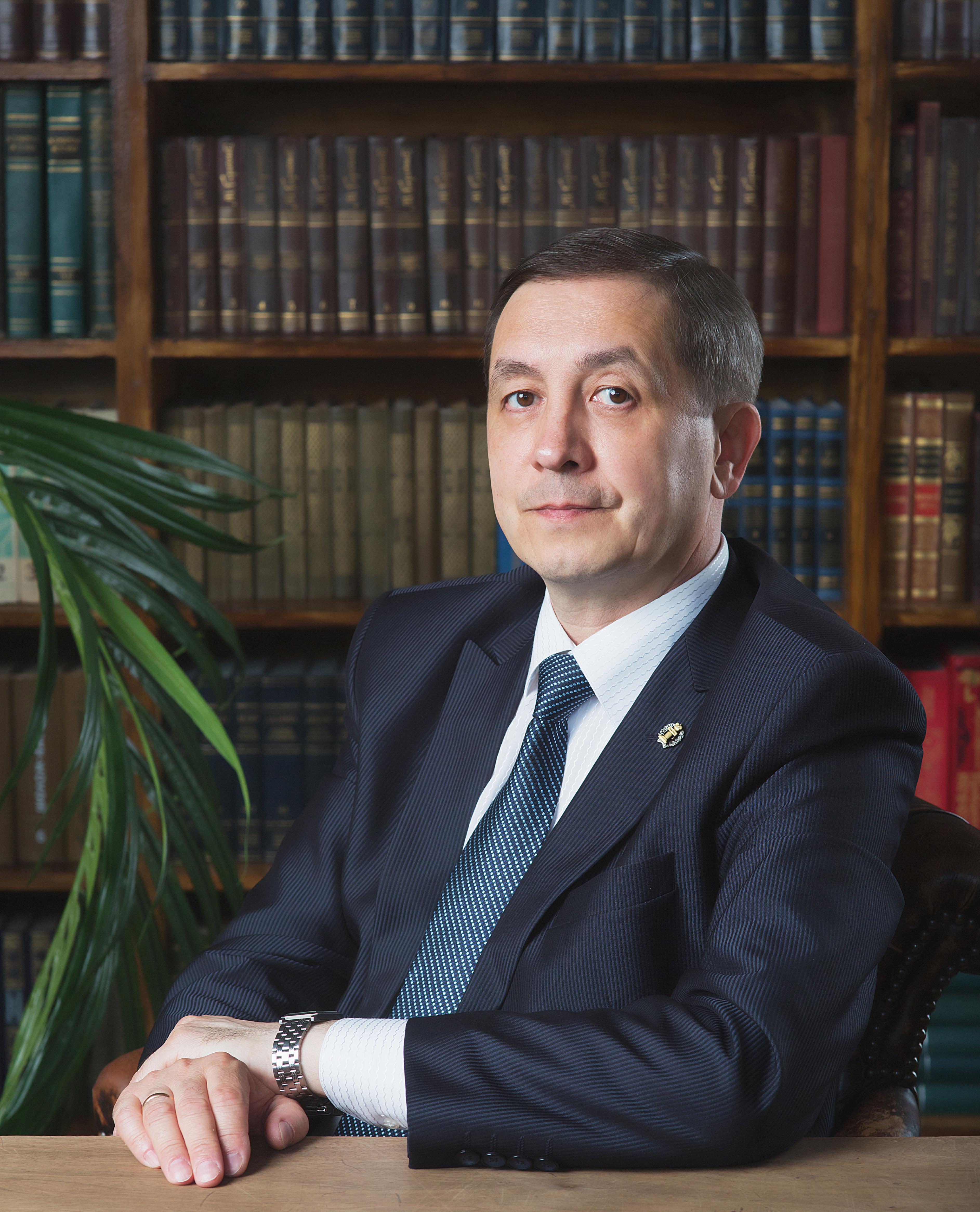 Надежный юрист  —  надежная защита